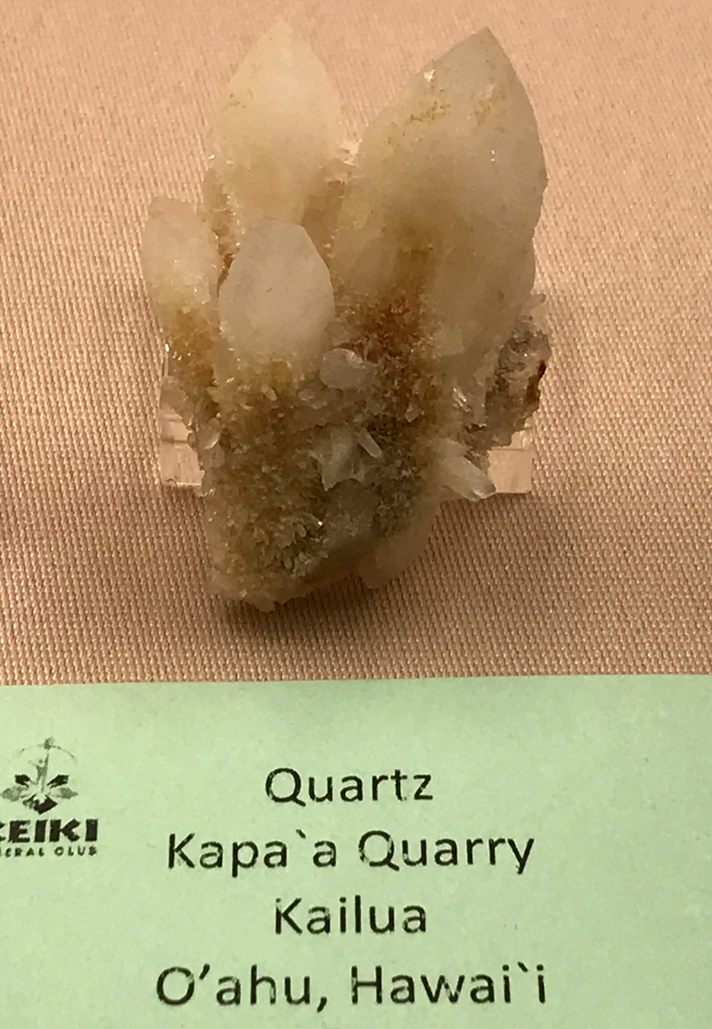 Quartz crystals from Hawaii